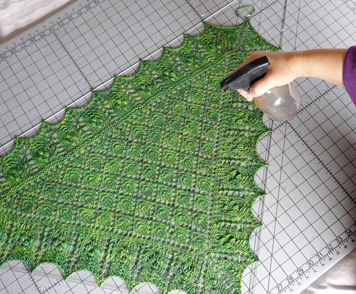 Using Blocking Wires To Block A Lace Shawl - How To - Knitting Daily
