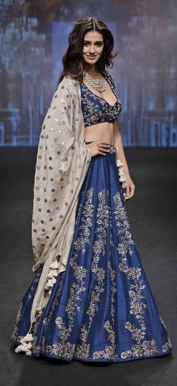 Lakme Fashion Week Summer, Resort 2017: Disha Patani walks the ramp for #Jayanti_Reddy via @sunjayjk