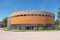 Holztechnik (B.Sc.)(M.Sc.)(dual)  Hochschule für nachhaltige Entwicklung Eberswalde (FH) Holz zählt zu den ältesten Werkstoffen und hat die Kulturgeschichte des Menschen von der Frühzeit bis heute begleitet. Neben dem Bachelor-Studiengang Holztechnik bietet der Fachbereich Holztechnik einen dualen Studiengang Holztechnik sowie einen Master-Studiengang Holztechnik an.