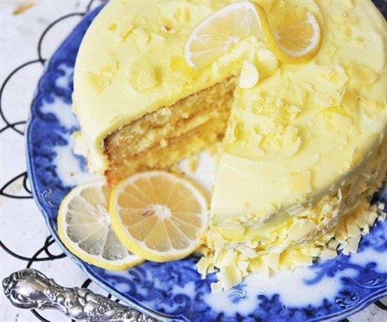 Biraz ekşi, biraz tatlı… İşte karşınızda nefis limonlu kek yapımı! Modaklik Gurme, tatlı ve kek tarifleri içinde en güzelini sizinle paylaşıyor. Değişik limonlu kek yapmak için kağıdı kalemi hazırlayın!