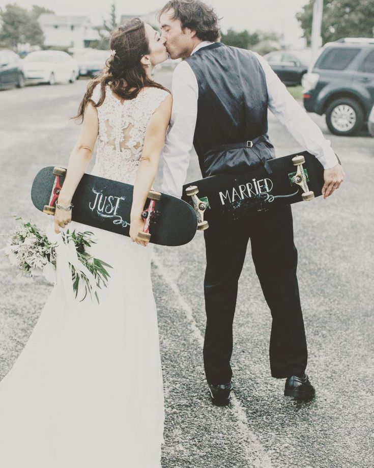 Our wedding with skateboard departure.