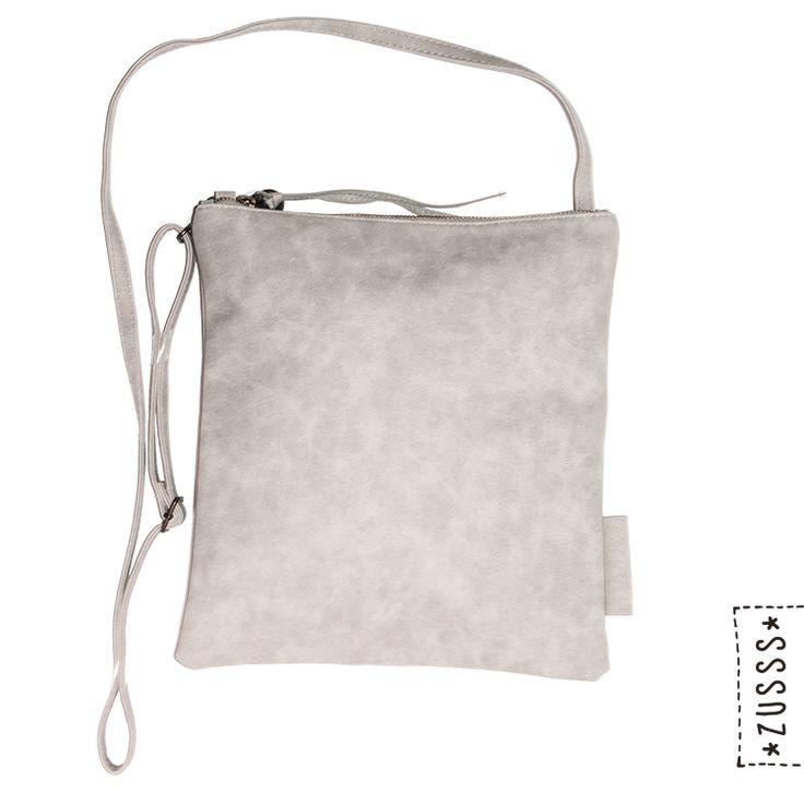 Zusss l Eenvoudige tas M poedergrijs l http://www.zusss.nl/product/eenvoudige-tas-m-poedergrijs-2/