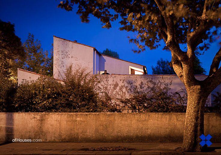 184. Álvaro Siza /// House Alves Santos /// Póvoa do Varzim, Porto, Portugal /// 1966-1969 OfHouses guest curated by Brandão Costa Lima (Porto Academy, Index Newspaper). (All recent photos © ARQ F for...
