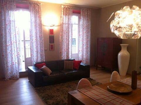 Casa privata a Torino. Tende cuscini e runner da tavola by ARTEXTILE #pillow #interiortex #interiordesign #artextile #curtain #runner