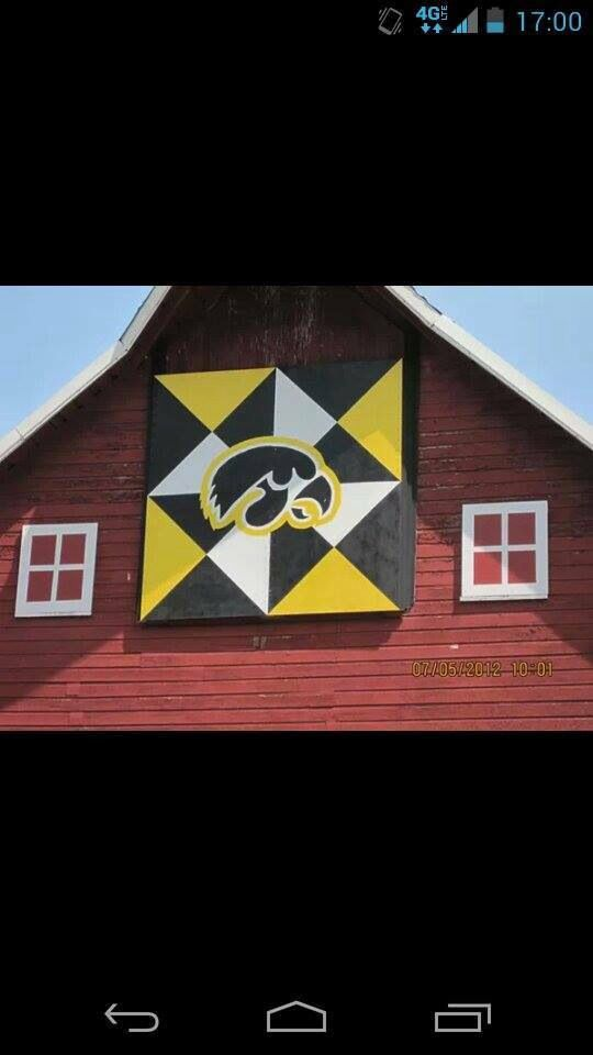Iowa Hawkeye Barn Quilt...want to make some day!!  GO HAWKS!!!