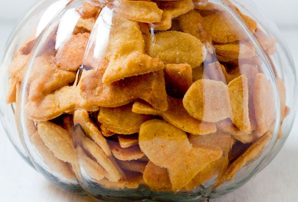 Cheesy Fish Crackers from Leite's Culinaria