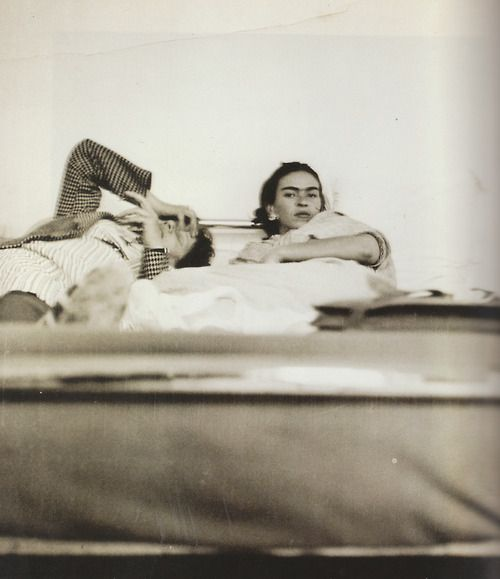 JUNTOS EN LA CAMA / Frida Kahlo and Diego Rivera