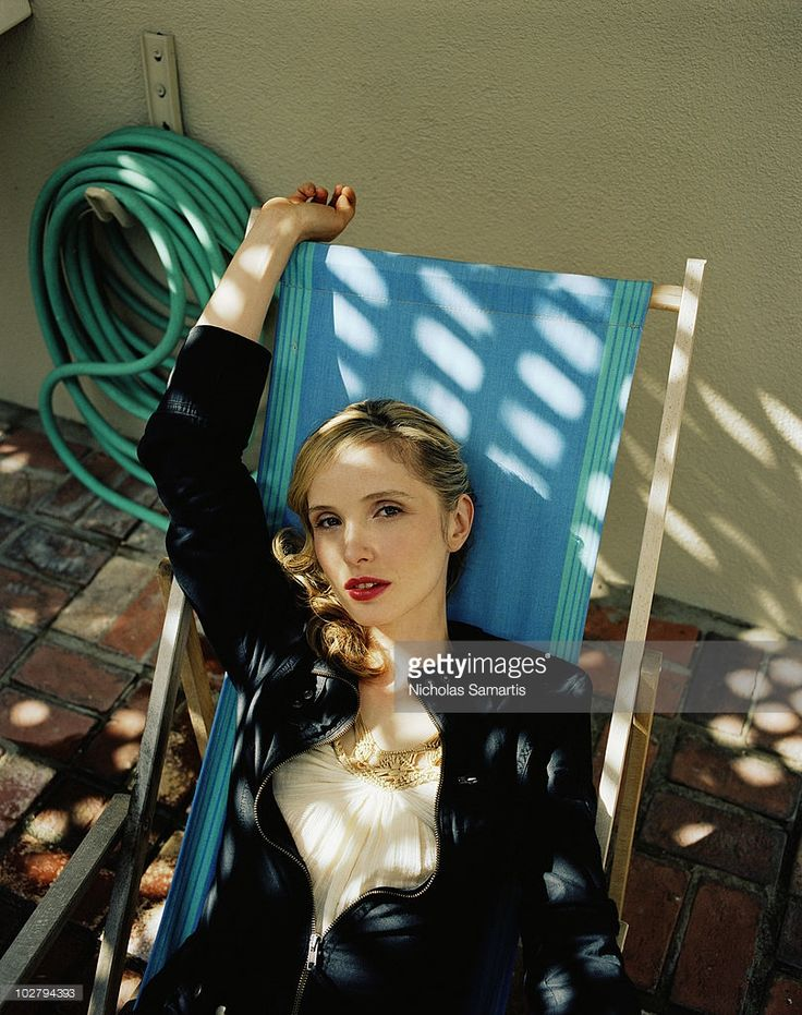 News Photo : Actress Julie Delpy poses at a portrait session...