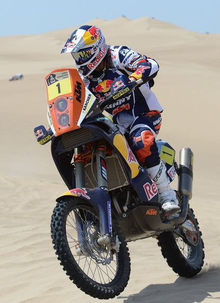 Cyril Despres of KTM Red Bull Rally Factory Team competes in the special stage on day one of the of the 2013 Dakar Rally on January 5, 2013 in Pisco, Peru.