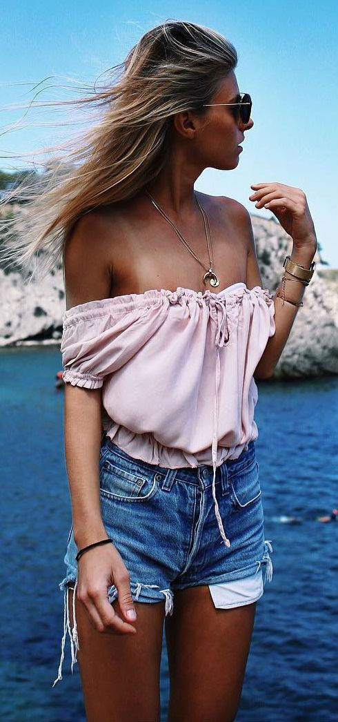 simple summer outfit top + shorts