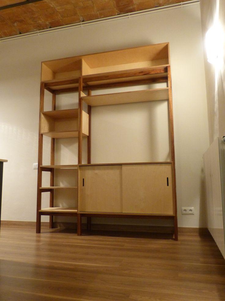 Octavi & Julia Kitchen Shelf plywood and iroko Mueble estantería para la cocina de Octavi y Julia. Estructura de madera de iroko. Cajas en contrachapado de abedul