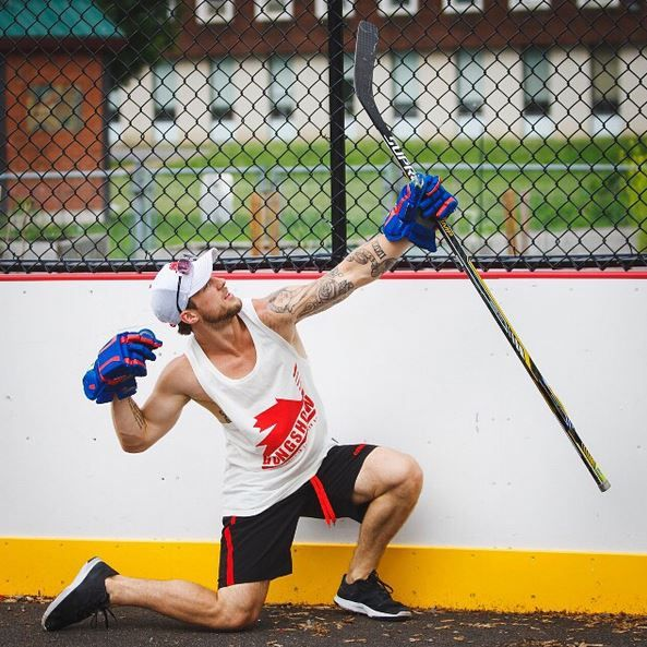 #SummerCelly in the streets - Let's see your squad mucking and grinding it on the road Gongers #GONGSHOW #Hockey #Lifestyle