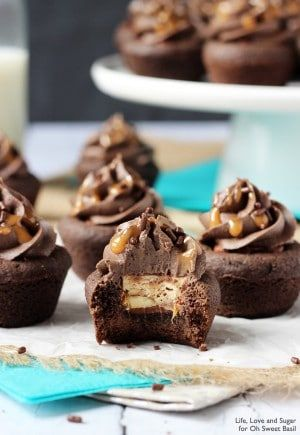 Snickers Chocolate Cookie Cups