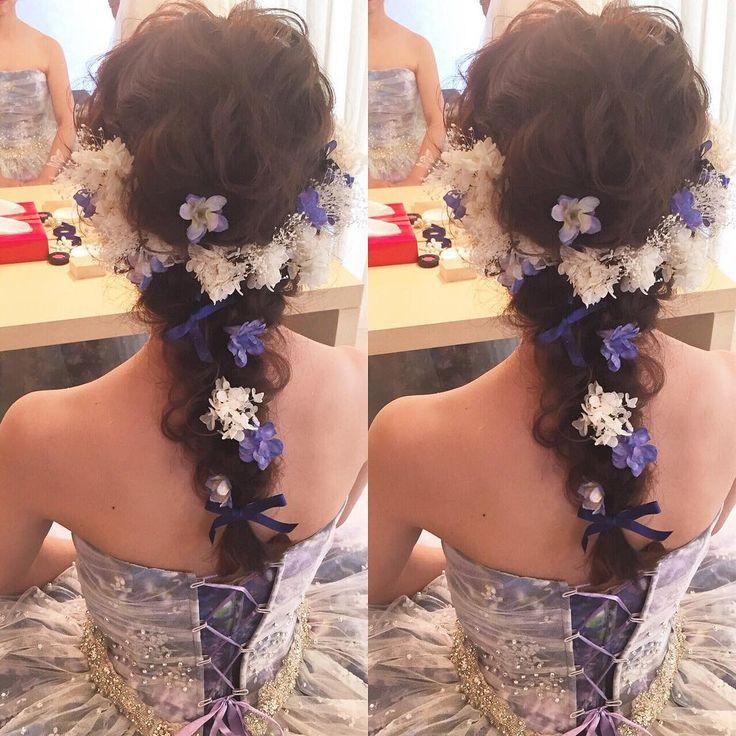 * * 蜷川実花さんのドレスにあわせた 髪飾り * * * #ウェディング #ヘアアレンジ #蜷川実花 #マリhair