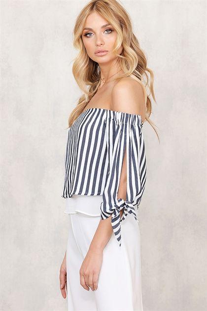Kläder - Blusar på nätet - Online Store - CHIQUELLE.COM