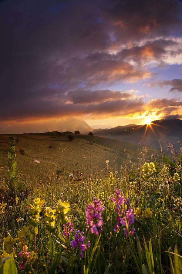 ✯ Umbria Sunrise