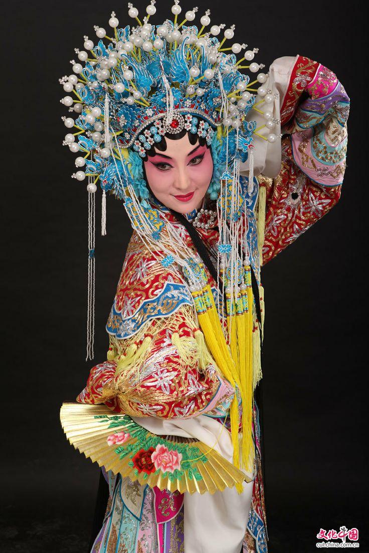chinese opera culture beauty beijing face makeup traditional oriental dancers sifu drawing arts peking martial character wang dragon play dean