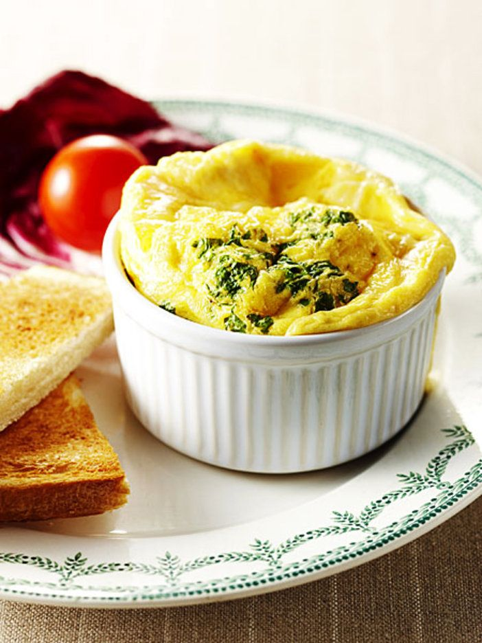 【ELLE a table】Comte cheese & egg recipeコンテチーズのオムレツココットスフレレシピ|エル・オンライン