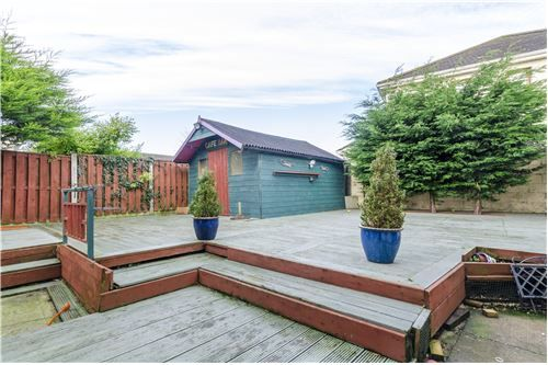 415000 EUR Detached For Sale in Celbridge,Ireland. Browse this property on RE/MAX Ireland and connect with one of our agents to find out more information.