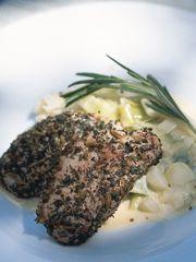 Rezept von Tana Ramsay: Schweinefilet mit Kräuterkruste