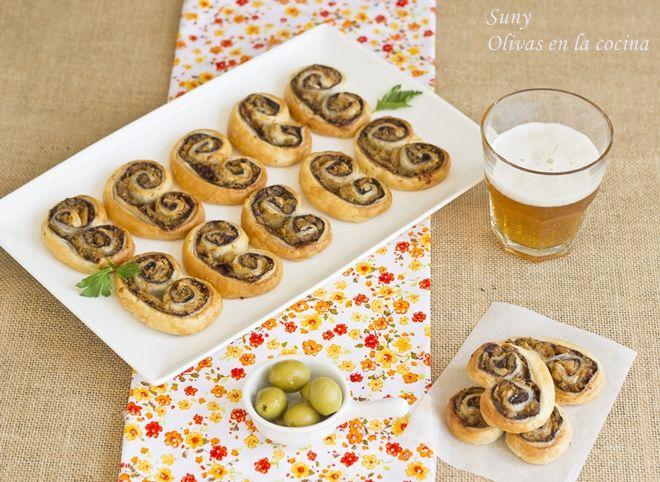 Olivas en la cocina: Palmeritas con pasta de aceitunas y atún