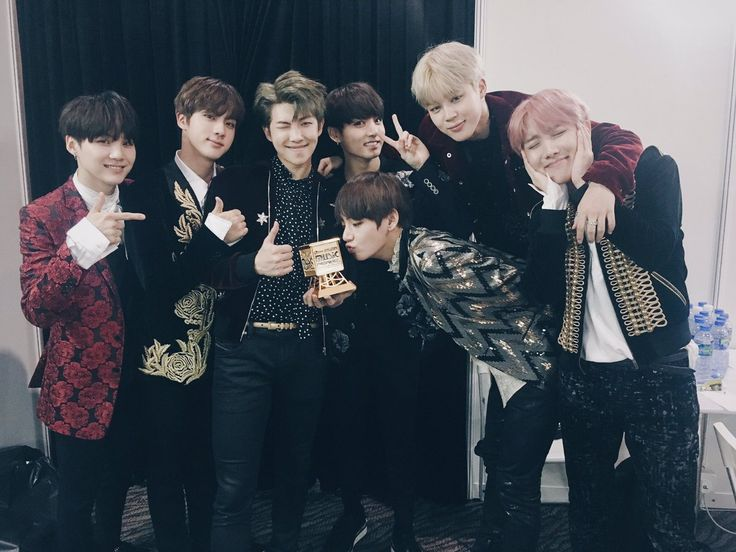 Credits to official bts_bighit twitter! Congrats to all winners of MAMA 2016