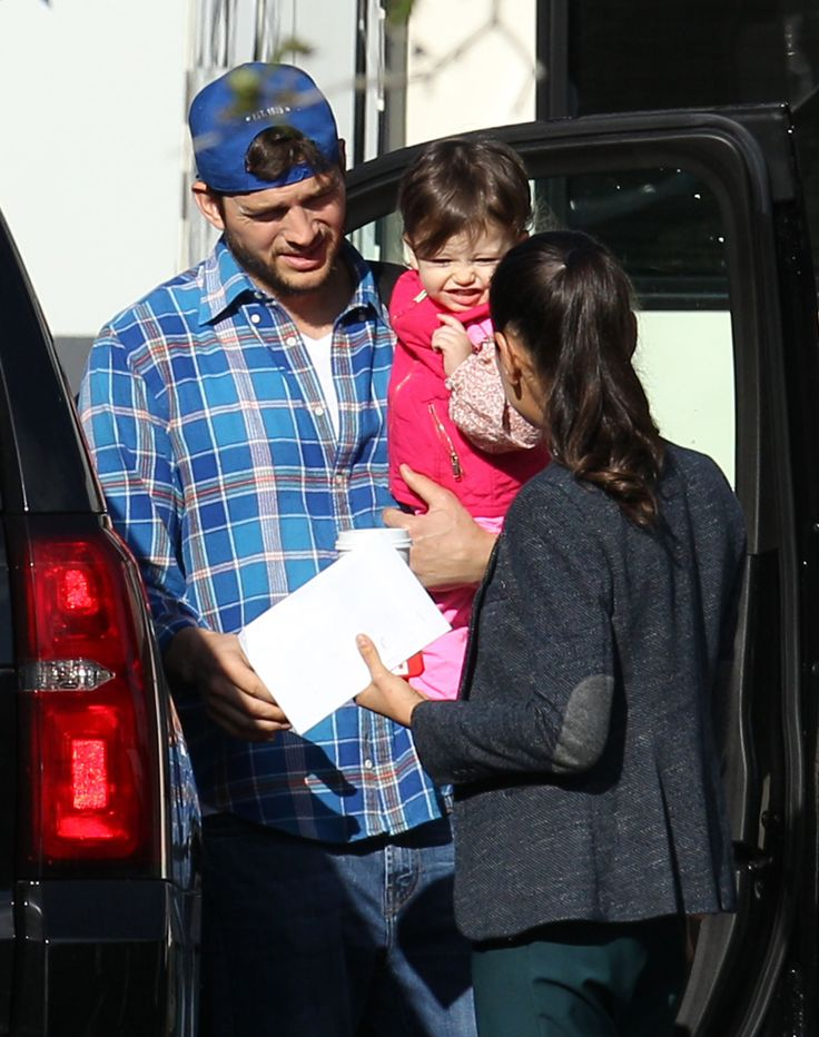 Ashton Kutcher & Mila Kunis' On-Set Sweetie - http://site.celebritybabyscoop.com/cbs/2016/01/16/ashton-kutcher-kunis-sweetie #AshtonKutcher, #BadMoms, #MilaKunis, #NewOrleans, #OnSet, #WyattKutcher