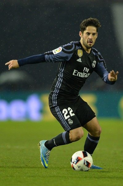 Isco of Real Madrid in action during the Copa del Rey quarter-final second leg match between Real Club Celta de Vigo and Real Madrid Club de Futbol at Municipal de Balaidos stadium on January 25, 2017 in Vigo, Spain.