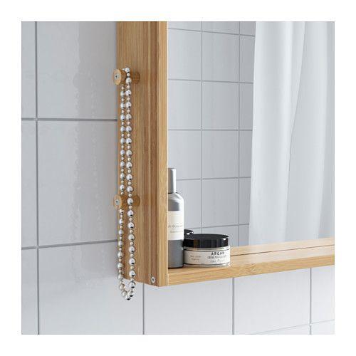 RÅGRUND Lustro IKEA Na gałkach z boku można zawiesić biżuterię. Bambus to wytrzymały, naturalny materiał.