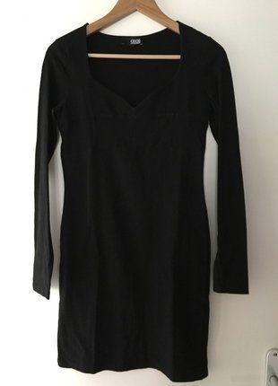 À vendre sur #vintedfrance ! http://www.vinted.fr/mode-femmes/petites-robes-noires/25210525-la-petite-robe-noire-asos