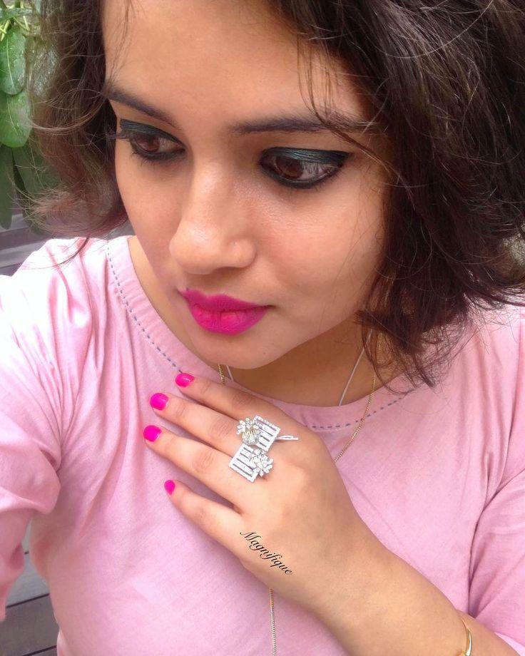 That girl with the diamond ring   . . . . Jewels by:  @magnifique_luxury . . #jewels #bold #ludhiana #bangalore #punjab #delhi #posh #jewellerylove #lifestyle #noida #luxurybrand #gurgaon #chandigarh #premium #luxurylifestyle #elite #madlysophisticated #jalandhar #delhidiaries #delhigram #gujarat #businesswoman #bosslady #womeninbusiness #luxuryliving #delhiwale #businessowner #luxuryfashion #blogger