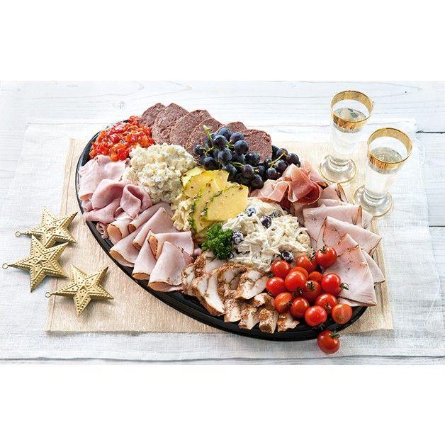 Goed gevulde schotel met gegrilde kalkoen, cajunkipfilet, beenham, boerenpate, Italiaanse ham en varkensfilet. Royaal gegarneerd met kipkerrie-, waldorf-, aardappel- en peppadewsalade.