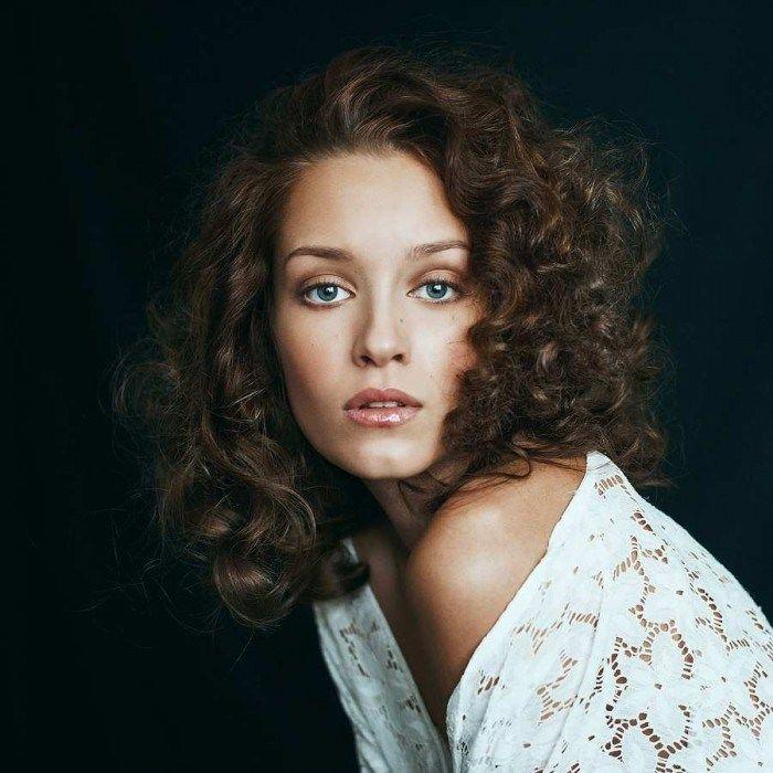 female portrait photography poses Female Self Portraits Photography By Maxim Gurtovoy