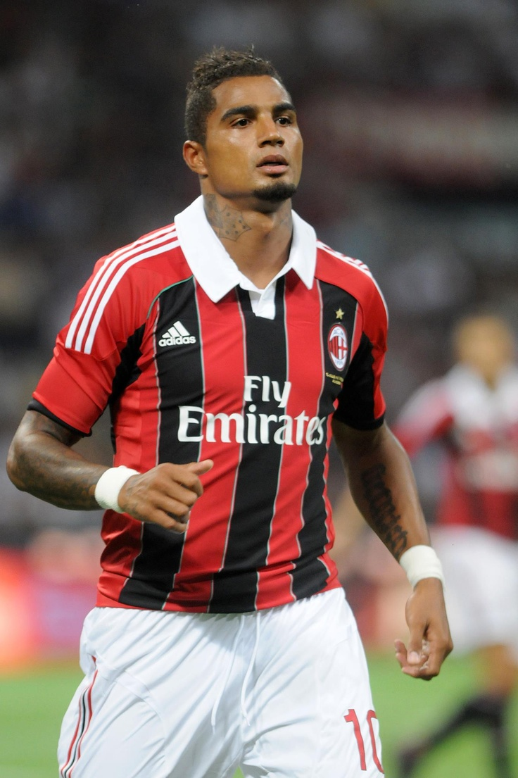 kevin prince-boateng walked off the field when people in the crowd started making racial slurs. the rest of his team followed him and they refused to play. kudos.
