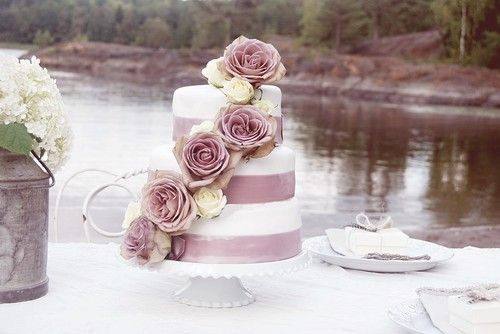 Visa era bröllopstårtor! :)