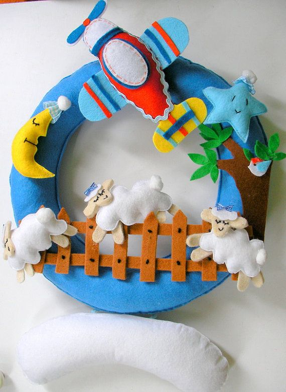 Super Cute....wreath for baby's room.