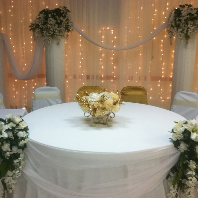 50th Wedding Anniversary Table Ideas: 275 Best Images About 50th Golden Wedding Anniversary