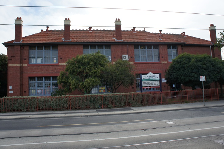 Caulfield Junior College in Balaclava Road, North Caulfield. (photo by Victor Perton)