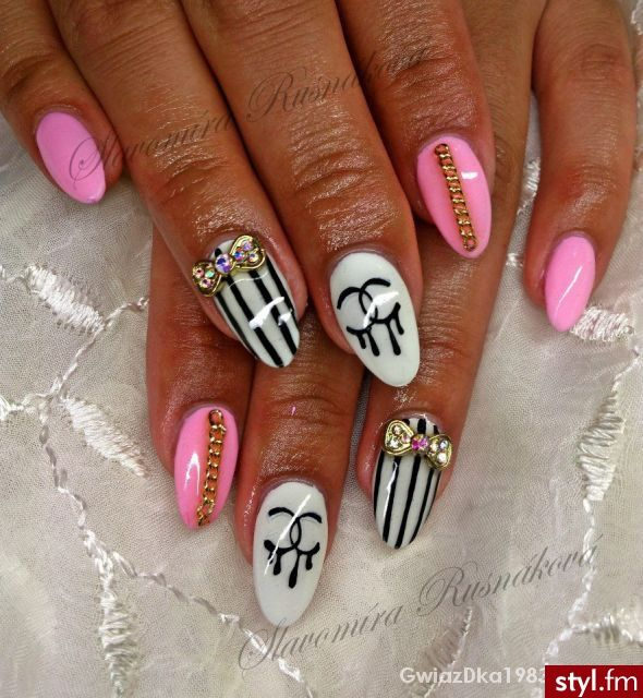 Chanel nail art,  Bows & chains