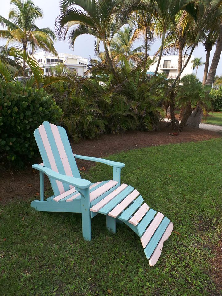 http://www.gbreeze.com Just you, the birds and the palm trees rustling in the wind on #sanibel