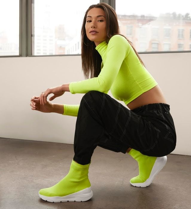 Neon sock trainers   Neon outfits, Neon