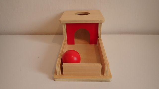 Krabicka s tackou a gulickou