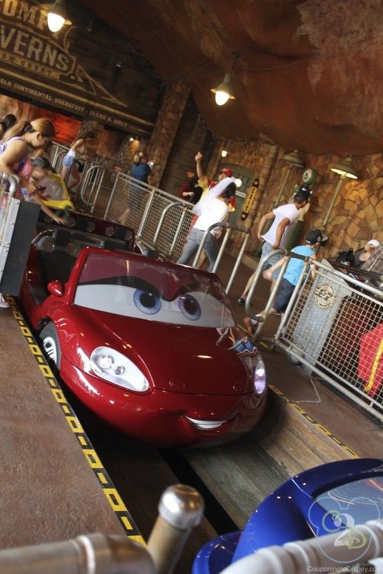Awesome tips and secrets for Radiator Spring Racers in California Adventure. Pin this if you are going to Disneyland!