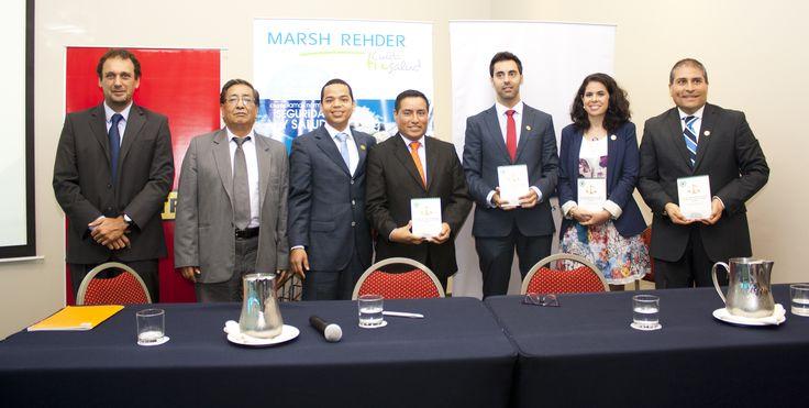 Los 4 autores del libro, el redactor del prólogo, un representante de la OIT y de la CCL.
