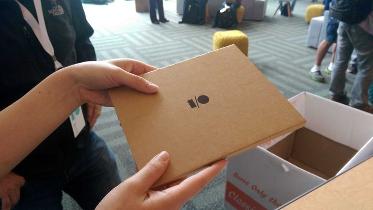 It's not enough that Google is getting into wearables, cars and TV -- not to mention domain names -- now it has its sights set on cardboard. Well, kind of.