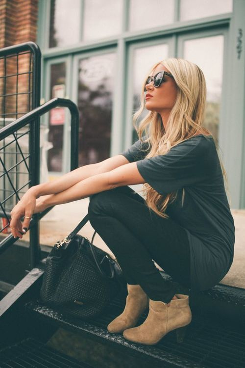 booties, black skinnies, loose top