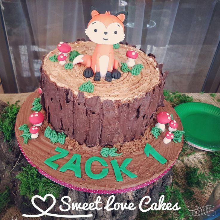 Woodlands Cake #fox #treestump #1stbirthday #one #birthdaycake