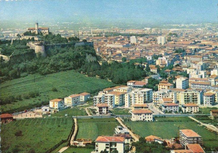 Panorama di Brescia - 1960 http://www.bresciavintage.it/brescia-antica/cartoline/panorama-brescia-1960/
