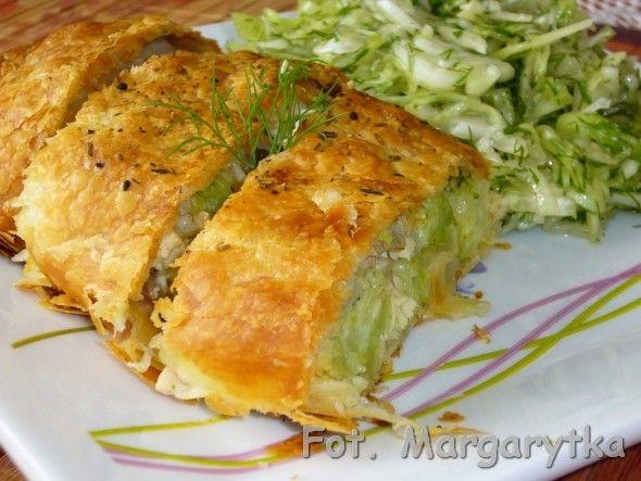Kurczak z brokułami i mozzarellą w cieście francus...