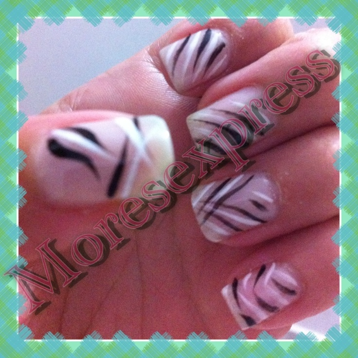 PinceladasDecorated Nails, Pinceladas